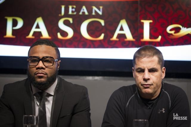 Jean Pascal et son nouvel entraîneur Stéphan Larouche.... (Photo Ivanoh Demers, La Presse)