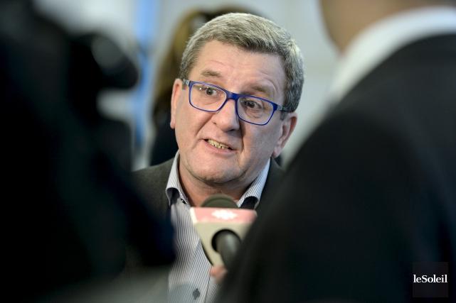 Le maire Régis Labeaume... (Le Soleil, Yan Doublet)