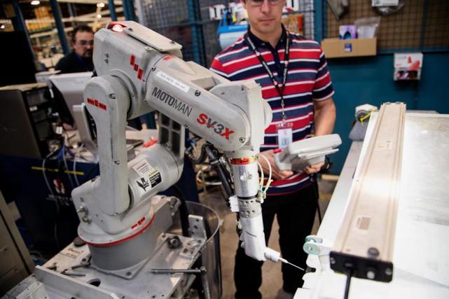 L'entreprise L-3 MAS, installée à Mirabel, est un... (Photo Alain Roberge, La Presse)