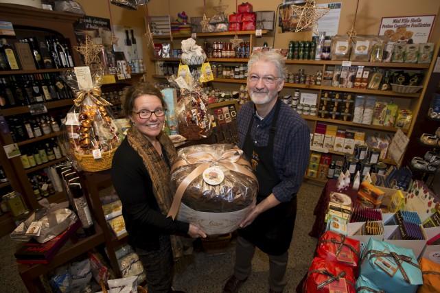 Lucie Lahaie et Donald Vigneau, propriétaires du Coin... (Spectre Média, Jessica Garneau)
