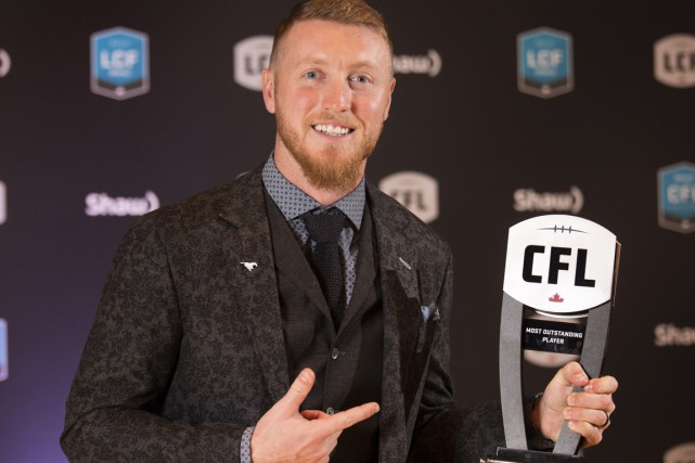 Le quart-arrière Bo Levi Mitchell des Stampeders de Calgary a... (PHOTO Peter Power, PC)