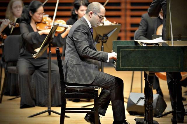 Mahan Esfahani refuse de voir le clavecin comme... (Le Soleil, Pascal Ratthé)