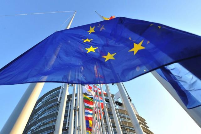 L'Union européenne a allongé jeudi la liste des personnes et entités visées... (PHOTO GEORGES GOBET, ARCHIVES AFP)
