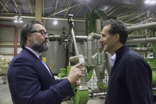 David Heurtel, ministre de l'Environnement, a visité les... (Stéphane Lessard)