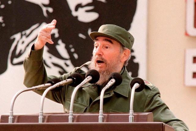 Fidel Castro, le 1er septembre 1997, alors qu'il... (AFP, ADALBERTO ROQUE)