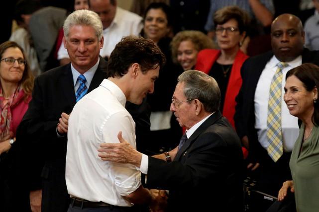 Justin Trudeau a rencontré Raul Castro lors de... (PHOTO ENRIQUE DE LA OSA, ARCHIVES AFP)