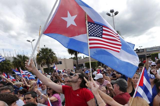 Des Cubains de Miami sont descendus dans les... (AFP)