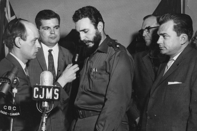 Lors de son bref passage à Montréal, Fidel... (Archives La Presse, Paul-Henri Talbot)