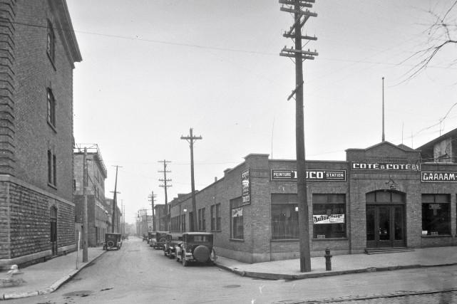 Le boulevard Charest (coin Langelier) en 1929... (Archives de la Ville de Québec , N015577)