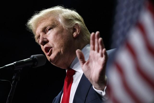 Dans les trois États disputés, le président élu... (AP)