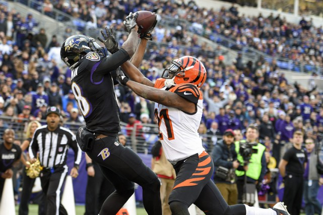 Justin Tucker a réussi quatre bottés de placement tandis que la défense des... (PHOTO AP)