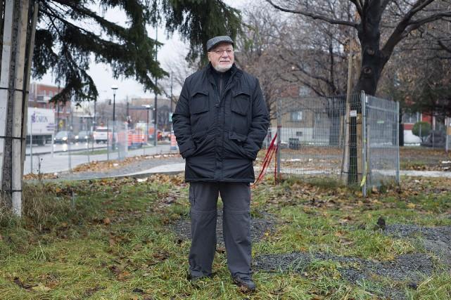 Roger Nincheri devant le parc portant le nom... (La presse canadienne, Graham Hughes)