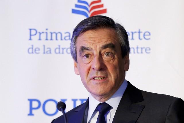 Francois Fillon... (REUTERS)
