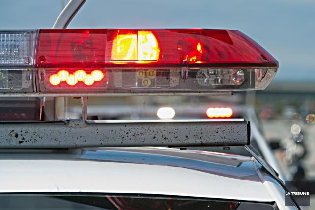 Le Service de police de Sherbrooke (SPS) enquête sur une affaire de mort d'un... (Archives La Tribune)