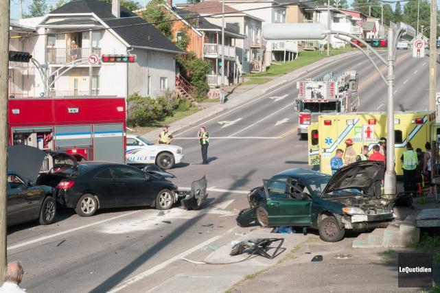Le 19 août dernier, plusieurs véhicules ont été... (Archives Le Quotidien, Michel Tremblay)