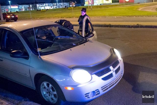 Un conducteur «peut être accusé de conduite avec... (Photothèque Le Soleil, Steve Jolicoeur)