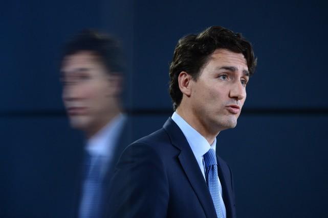 Le premier ministre Justin Trudeauest venu lui-même annoncer... (Photo Sean Kilpatrick, La Presse canadienne)