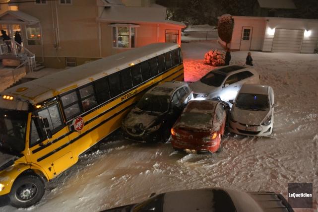 Des autobus scolaires sont impliqués dans des accidents,... (Photo Le Quotidien, Marie-Caroline Savard)