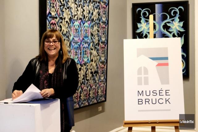 La directrice exécutive du Musée Bruck, Suzanne Morin,... (Alain Dion, La Voix de l'Est)
