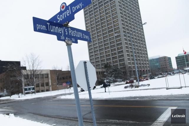 Le conseil des gouverneurs de l'Hôpital d'Ottawa a... (Étienne Ranger, Le Droit)