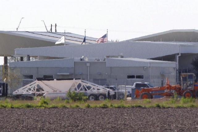 À Donna au Texas, le Service des douanes... (AP, Nathan Lambrecht)