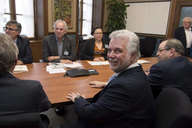 Le premier ministre Philippe Couillard a rencontré, mercredi,... (La Presse canadienne, Jacques Boissinot)