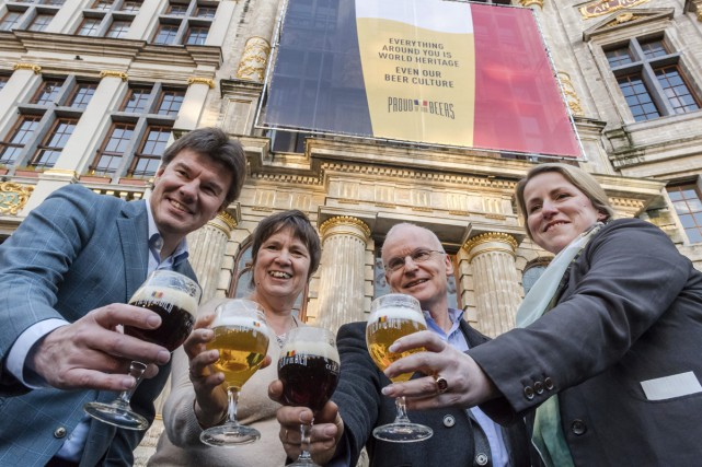 Sven Gatz, Alda Greoli, Isabelle Weykmans et Jean-Louis... (PHOTO AP)