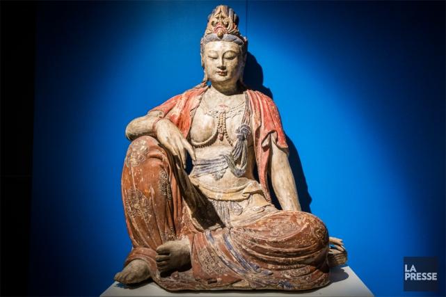Cette sculpture en bois teinté originaire de Chine... (PHOTO OLIVIER PONTBRIAND, LA PRESSE)