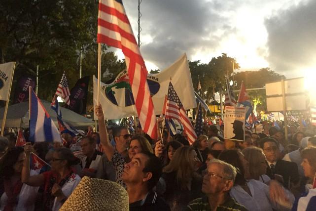 Les Cubains de Miami demandent la démocratie sur... (AFP)