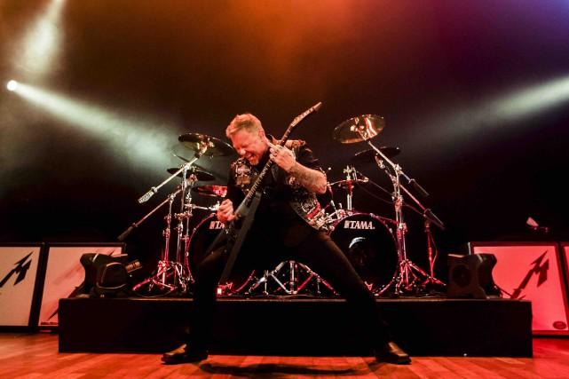 Le chanteur et guitariste de Metallica, James Hetfield,... (La Presse canadienne, Mark Blinch)