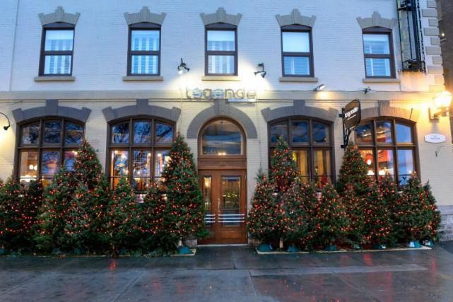 Le restaurant Légende est situé dans la rue... (PHOTO JEAN-MARIE VILLENEUVE, LESOLEIL)