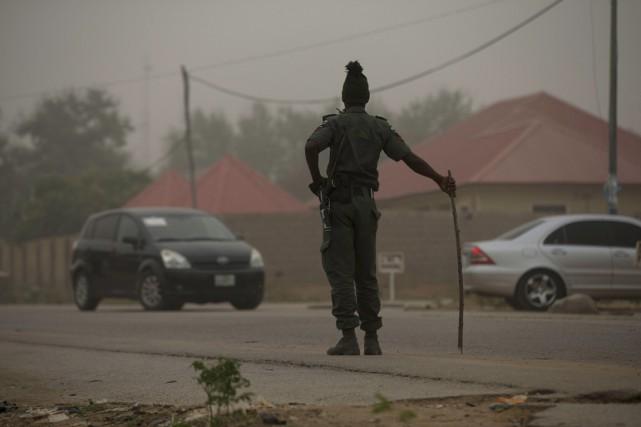 Les accidents impliquant des camions-citernes sont fréquents sur... (Afolabi Sotunde, archives REUTERS)