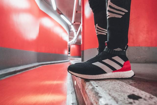 Adidas a annoncé vendredi qu'il mettrait un terme... (adidas.com)