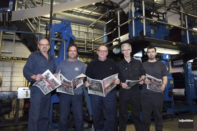 Les pressiers Paul Bélanger, Louis Chamberland, Pierre Tremblay... (Le Quotidien, Rocket Lavoie)