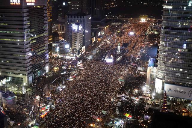 La participation a atteint un record selon les... (PHOTO Chung Sung-Jun, AFP)