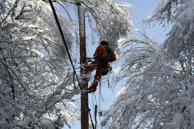 Quelque 10 000 clients d'Hydro-Québec de la région... (Photo fournie par Hydro-Québec)