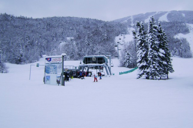 Le Mont-Édouard a accueilli ses premiers skieurs et... (Photo courtoisie)
