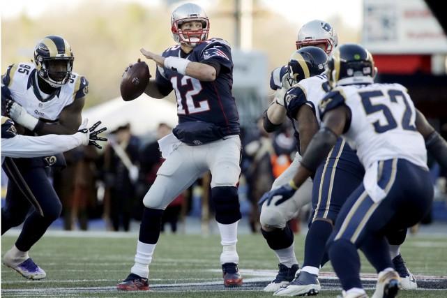 Tom Brady a mené lesPatriots de la Nouvelle-Angleterre... (AP)