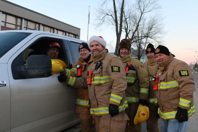 Les pompiers du Service sécurité incendie de la... (Audrey Tremblay, Le Nouvelliste)