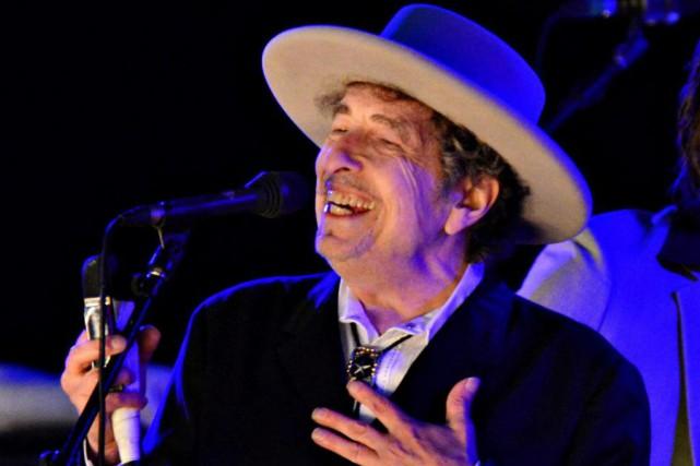 Bob Dylan ne sera pas au traditionnel banquet pour la remise des prix Nobel,... (PhotoArchives Reuters)