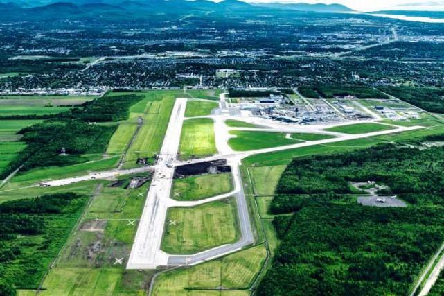 En juin dernier, des travaux préparatoires au croisement... (tirée du site Web d'Aéroport de Québec inc.)