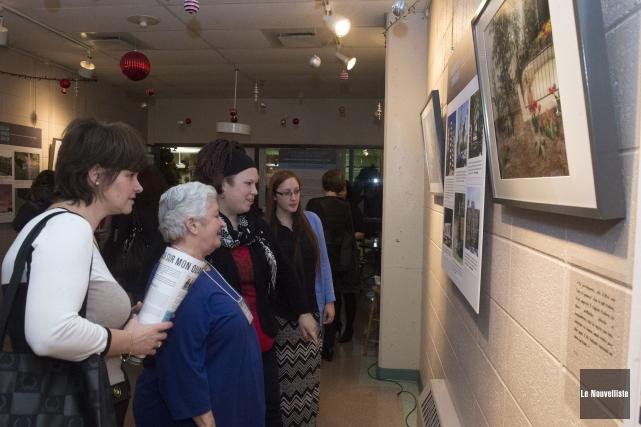 L'exposition de photosFlash sur mon quartier!est présentée au... (Stéphane Lessard, Le Nouvelliste)