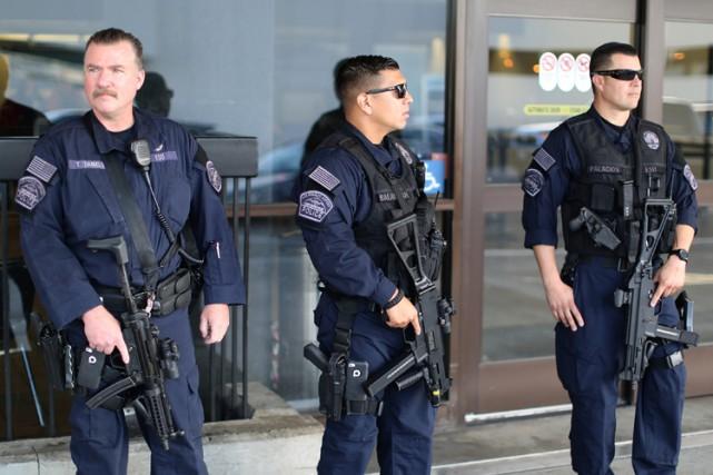 La surveillance était fortement renforcée mardi dans le métro de Los Angeles à... (ARCHIVES REUTERS)