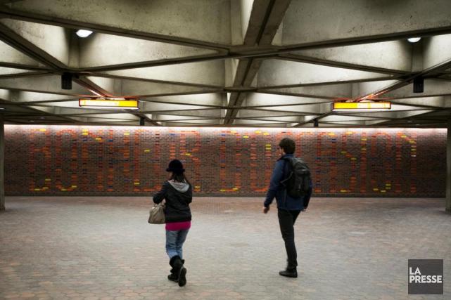La murale Bonheur d'occasion, de Julien Hébert, dans... (Photo François Roy, La Presse)