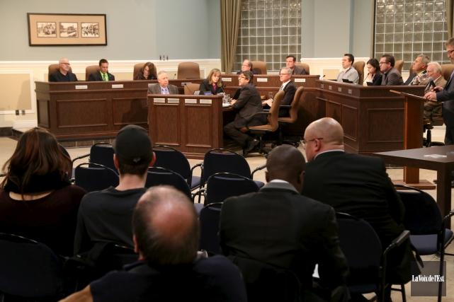Le conseil municipal de Granby a confié à... (Janick Marois, La Voix de l'Est)