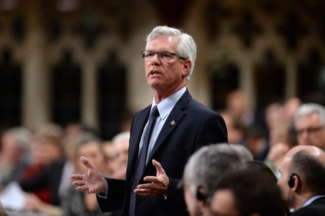 Le ministre Carr a assuré qu'il ne cherchait... (PHOTO Sean Kilpatrick, ARCHIVES LA PRESSE CANADIENNE)