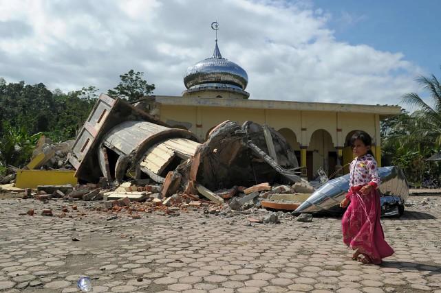 Le minaret d'une mosquée de Pidie a été... (AFP, CHAIDEER MAHYUDDIN)