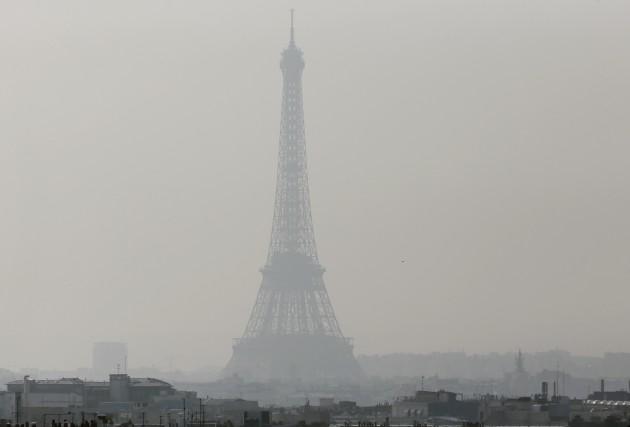 L'actuel pic de pollution que vit Paris n'est... (Photo AFP)