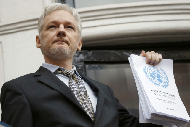 Julian Assange reste sous le coup d'un mandat... (photo Frank Augstein, archives Associated Press)