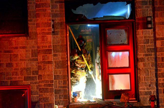 Le feu a ravagé la résidence familiale située... (Photo collaboration spéciale Éric Beaupré)
